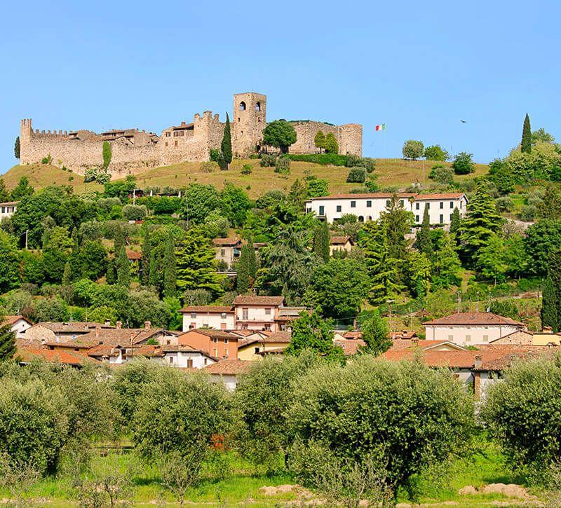 italien lombardei berge und meer
