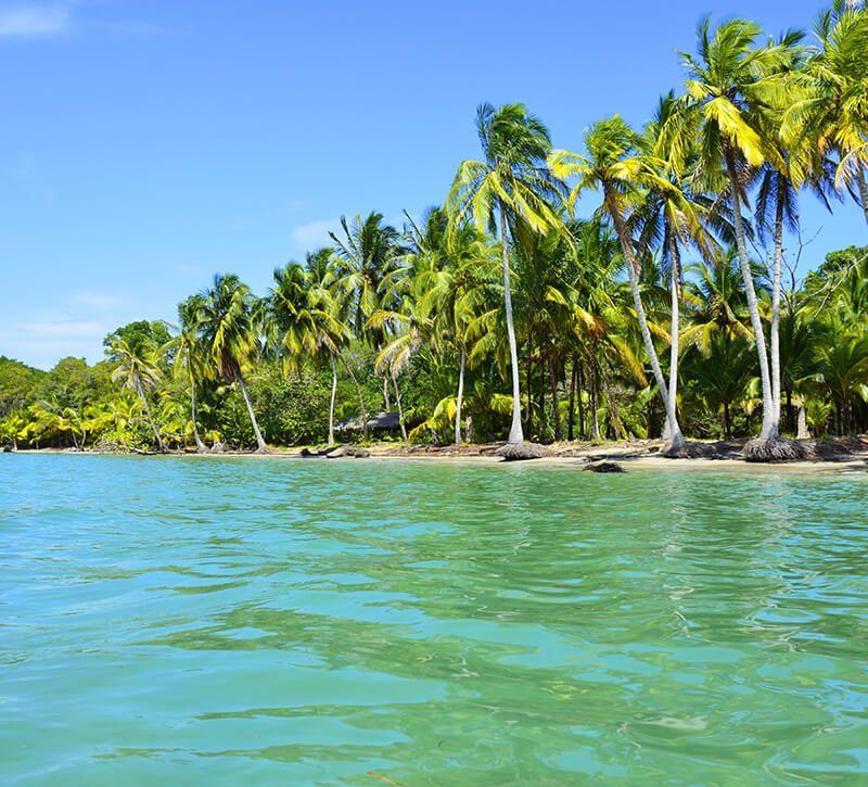 panama beach berge und meer