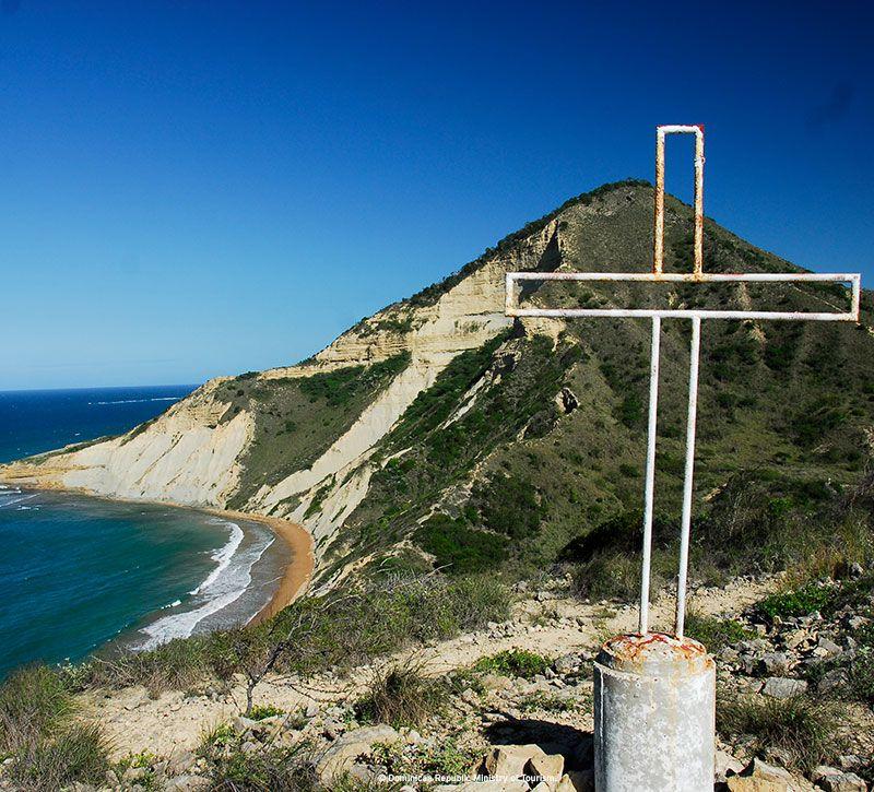dominikanische republik montecristi berge und meer
