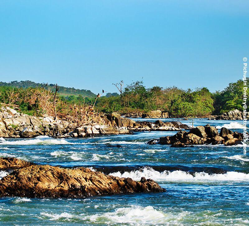 uganda fluss berge und meer