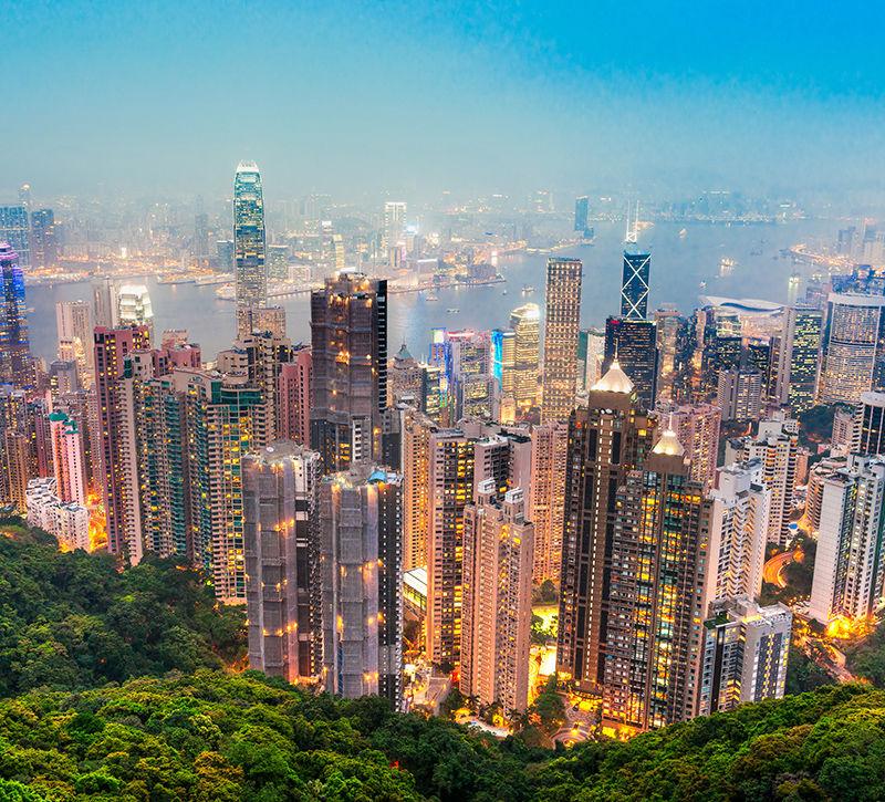 china-hongkong-berge-und-meer