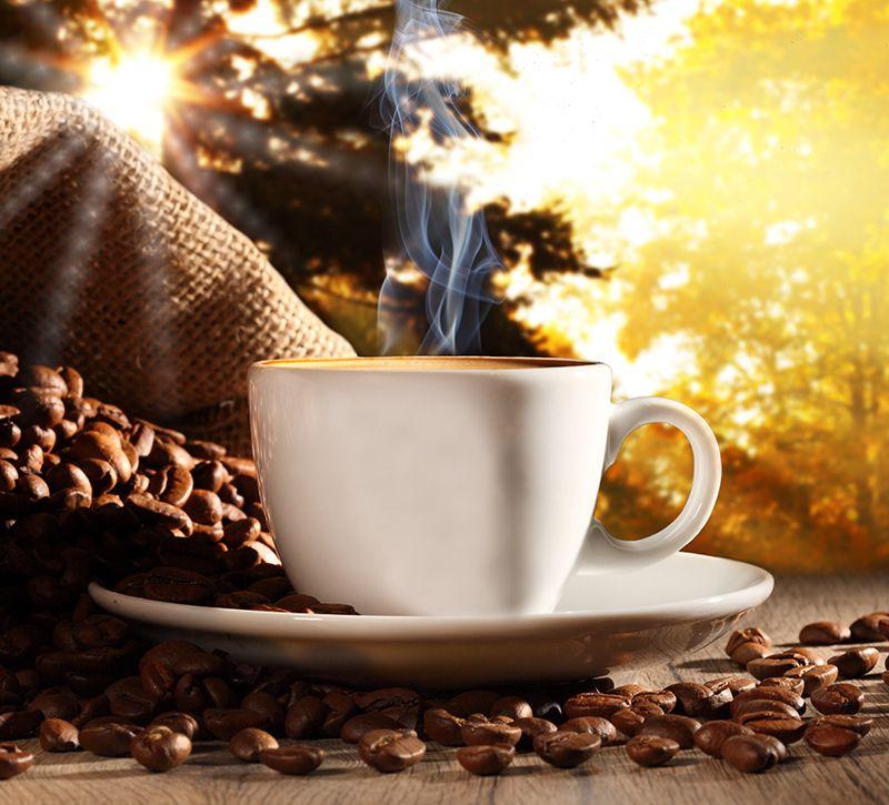 island-kaffee-berge-und-meer
