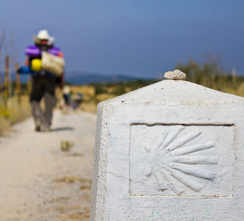 spanien jakobsweg berge und meer