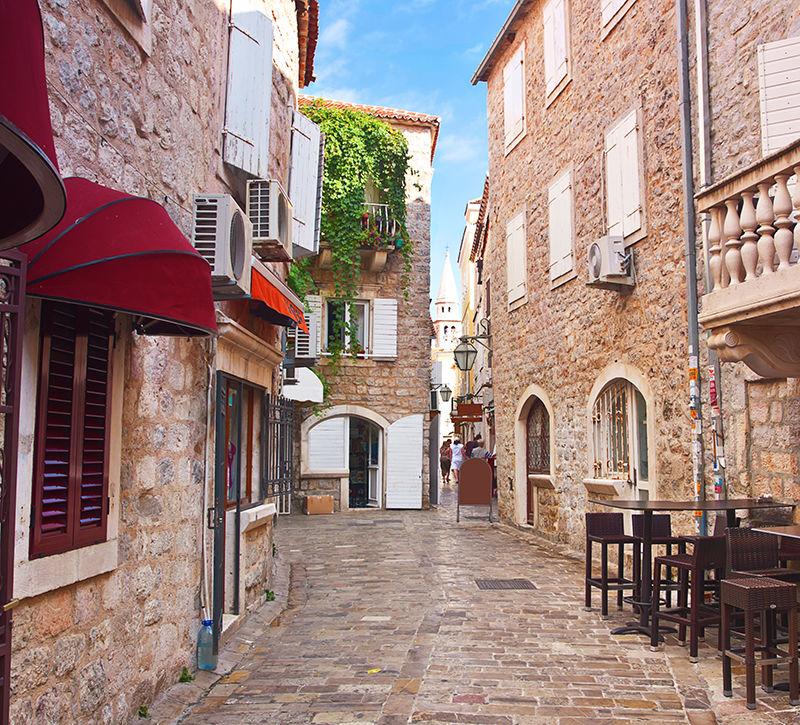 Montenegro Budva Altstadt  berge und meer