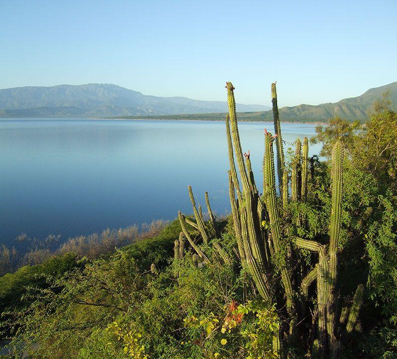 dominikanische republik bm berge und meer
