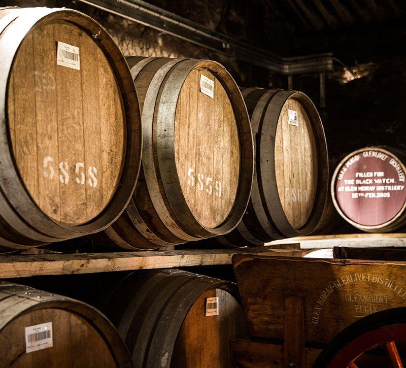 schottland whisky berge und meer