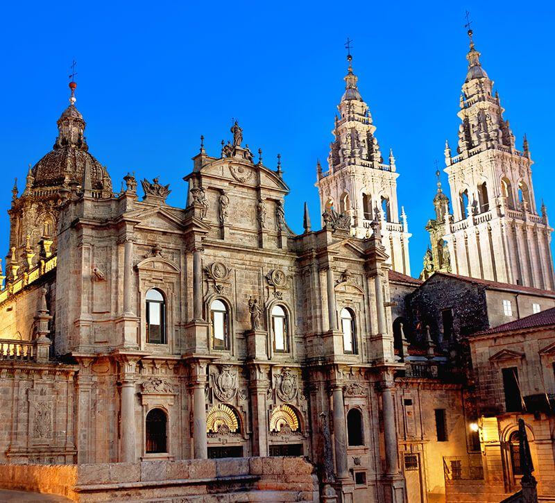 spanien santiago de compostela kathedrale berge und meer