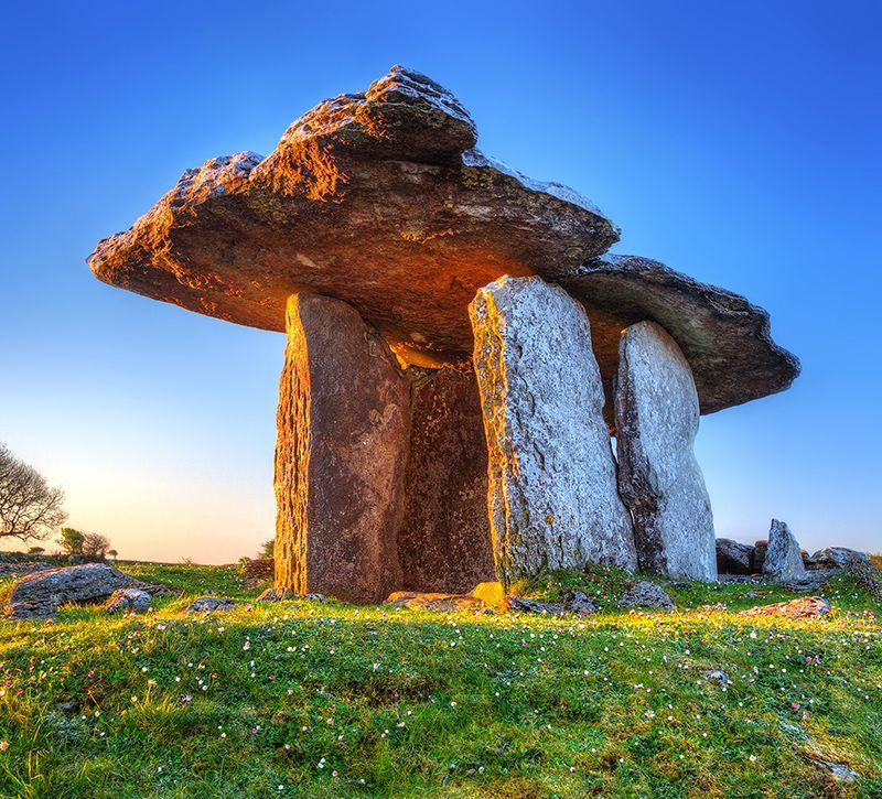irland burren berge und meer