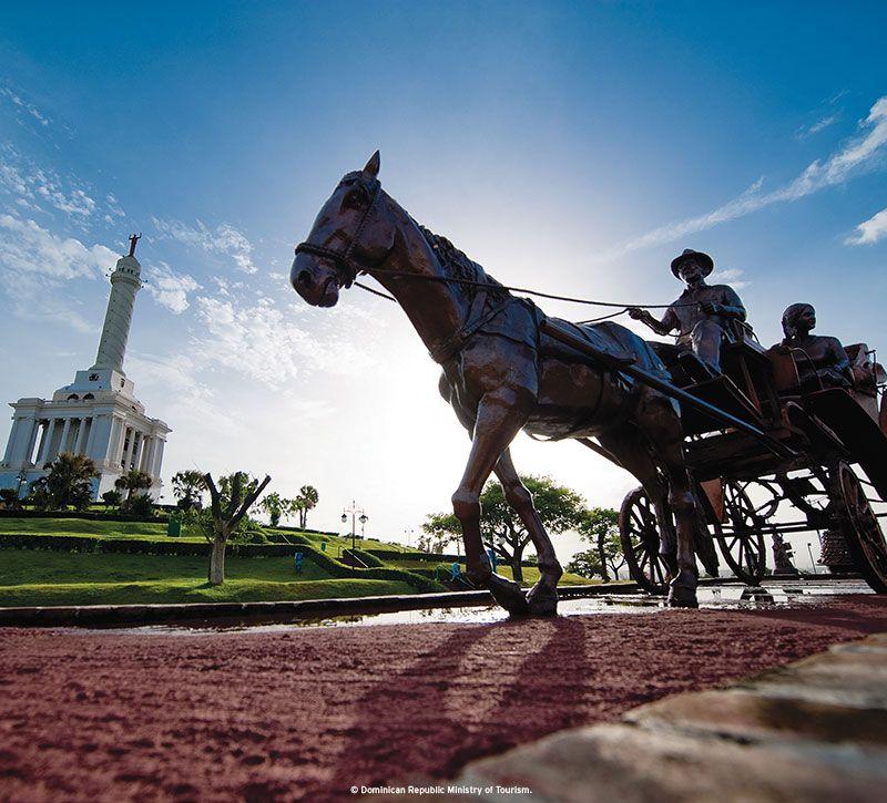 dominikanische republik pferd kutsche berge und meer