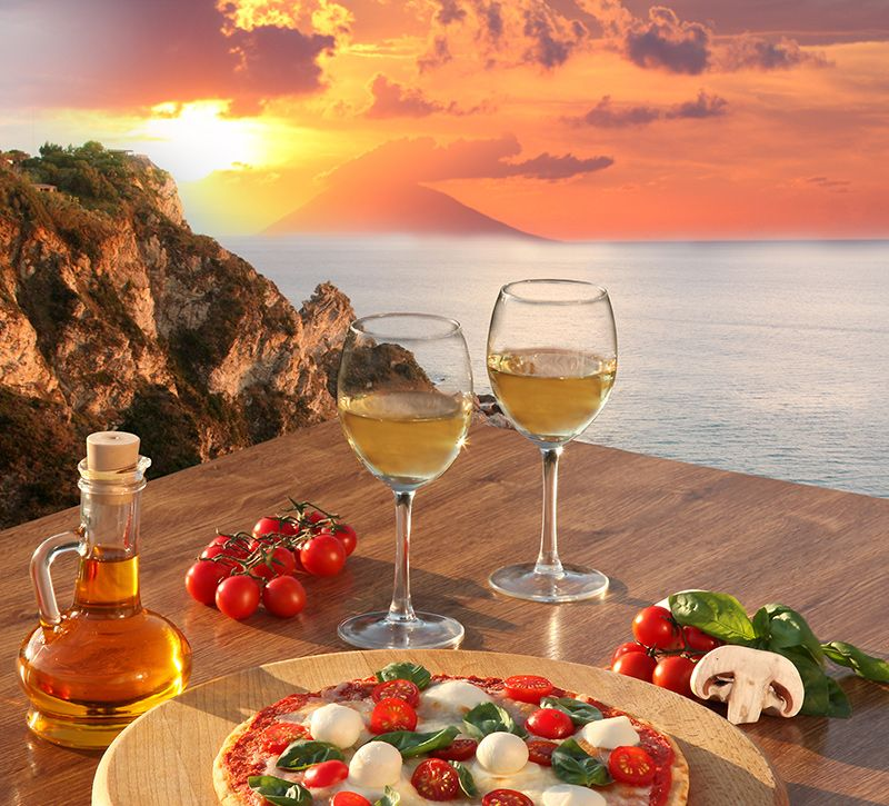 italien pizza berge und meer