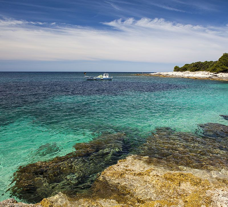kroatien verat on the island dugi otok in croatia knogochill berge und meer