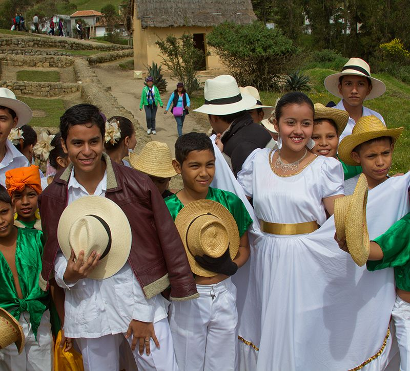 ecuador quito berge und meer
