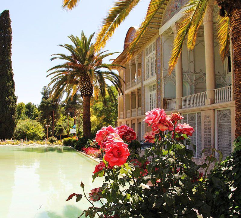 iran paradiesgarten in shiraz berge und meer