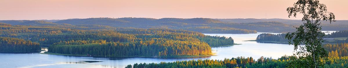 finnland-berge-und-meer