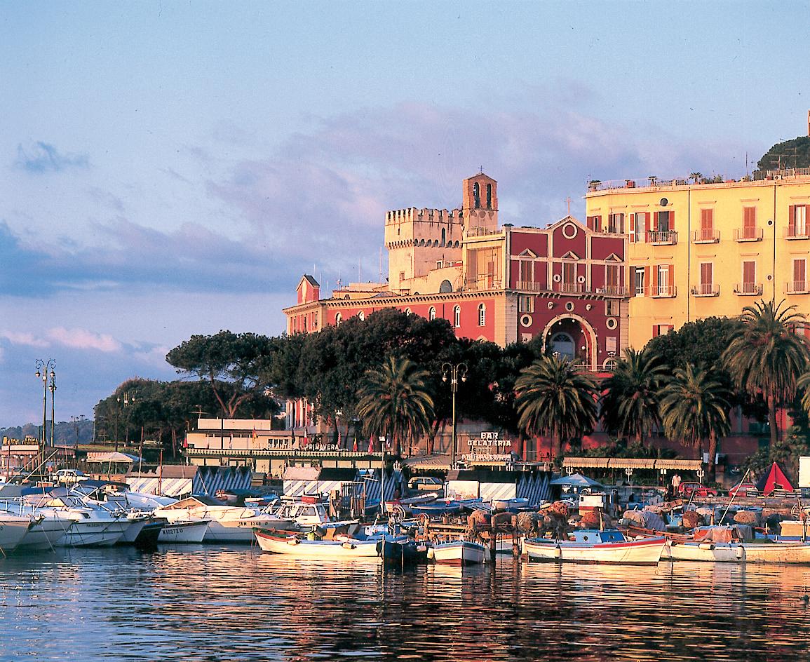 Europa, Italien, Neapel berge und meer