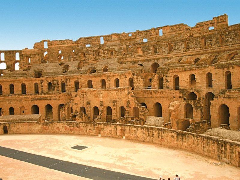 tunesien el djem amphitheater berge und meer