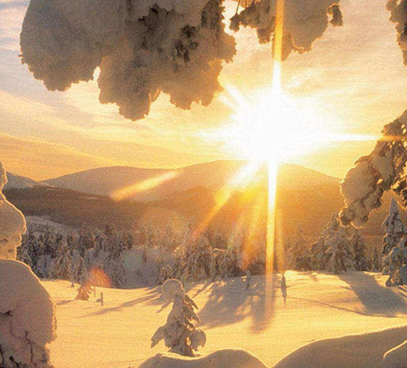 finnland lappland berge und meer