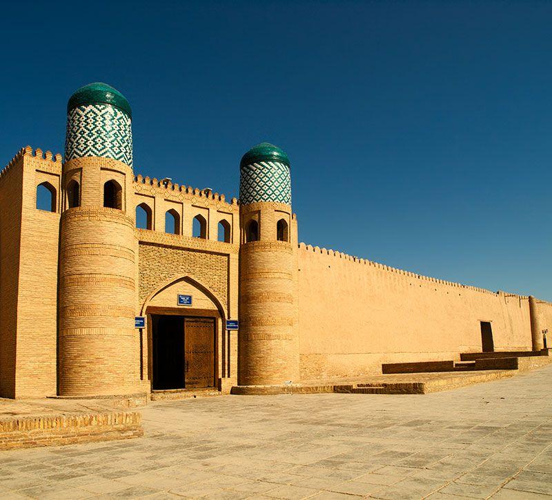 usbekistan kunya ark berge und meer
