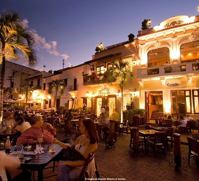 dominikanische republik restaurant nacht berge und meer