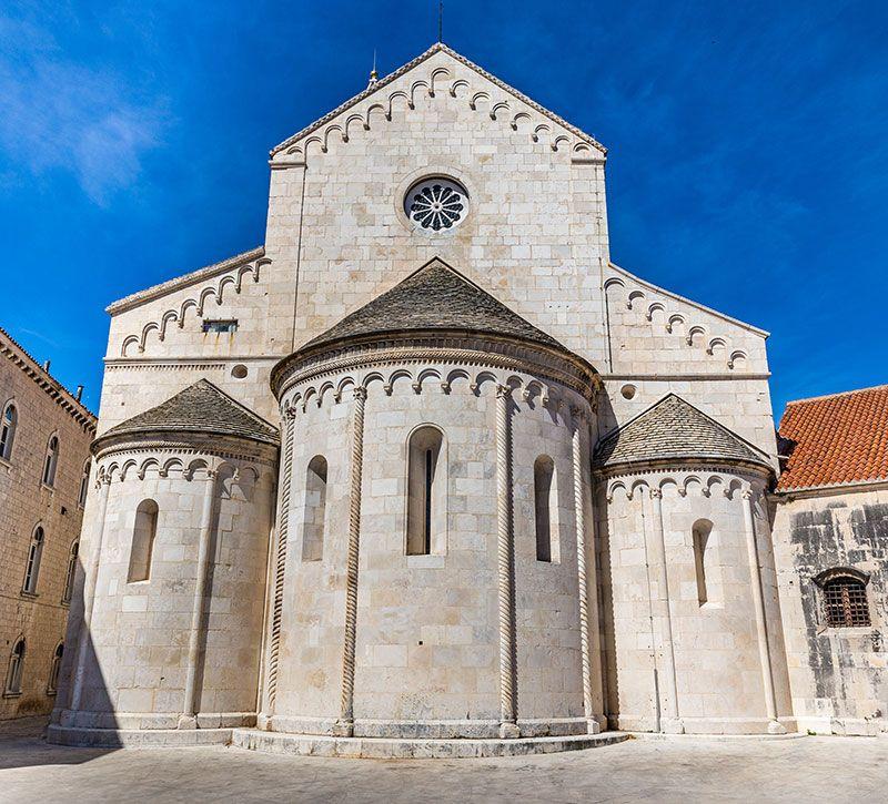 kroatien church of st berge und meer