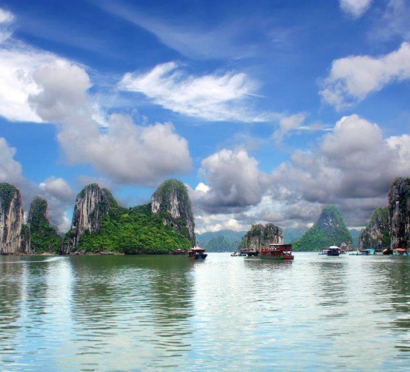 vietnam halong boote berge und meer
