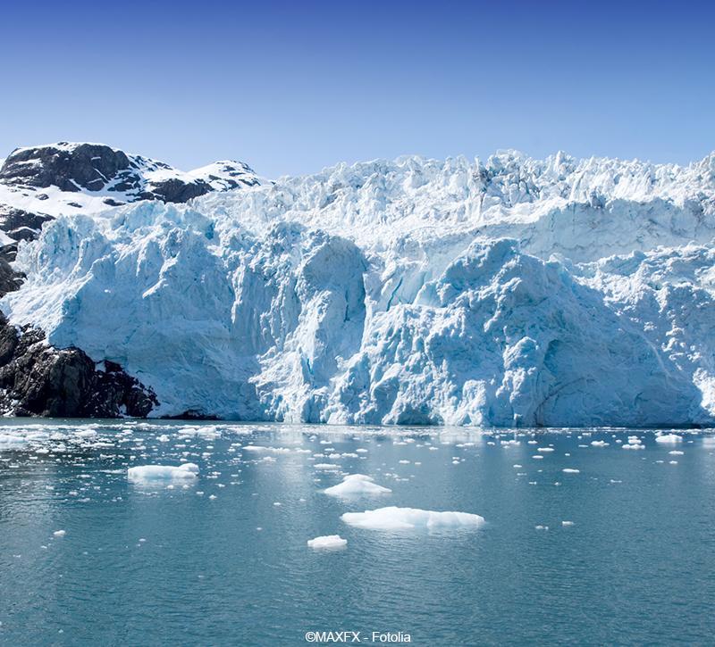 Alaska Hubbard Gletscher  berge und meer