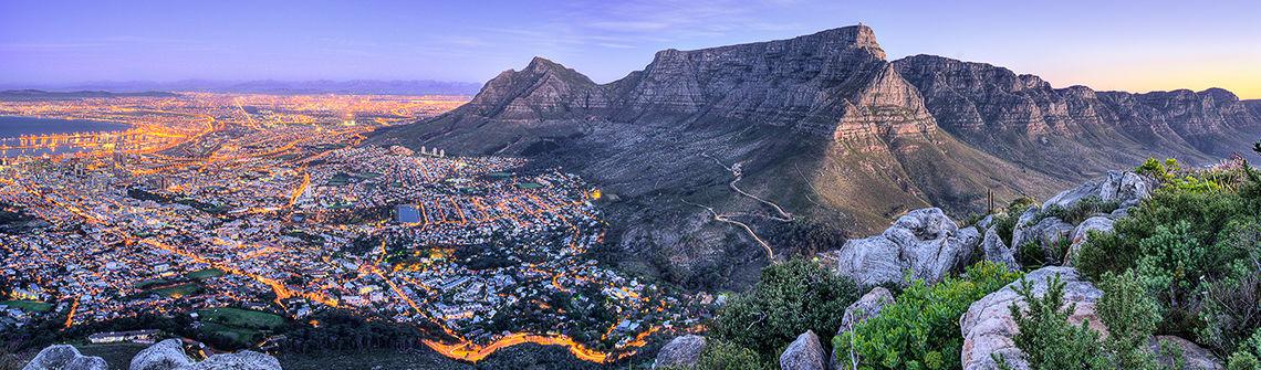 Kapstadt in suedafrika berge und meer