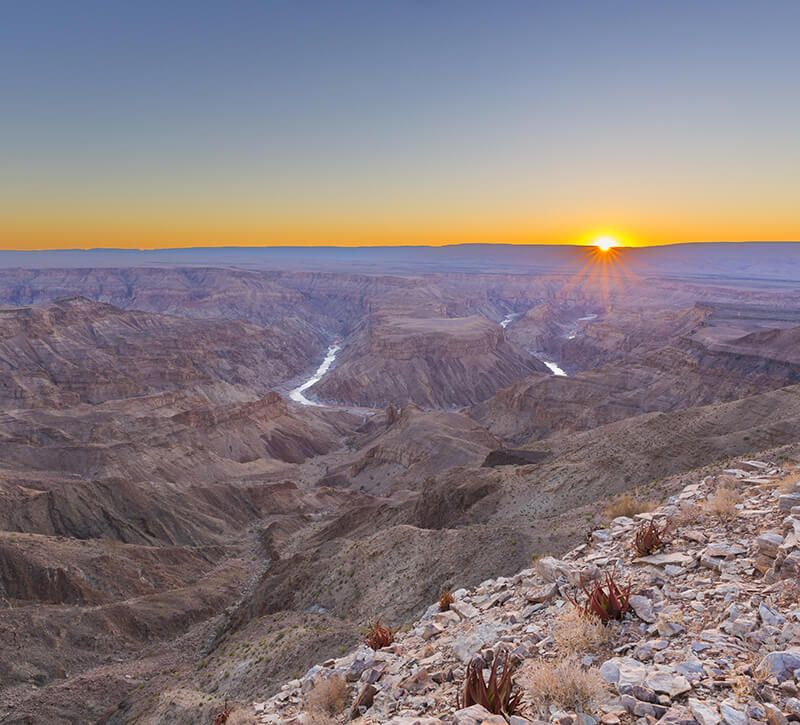 namibia fish river canyon berge und meer