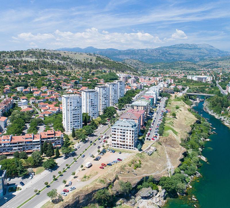 Montenegro Podgorica Neustadt  berge und meer