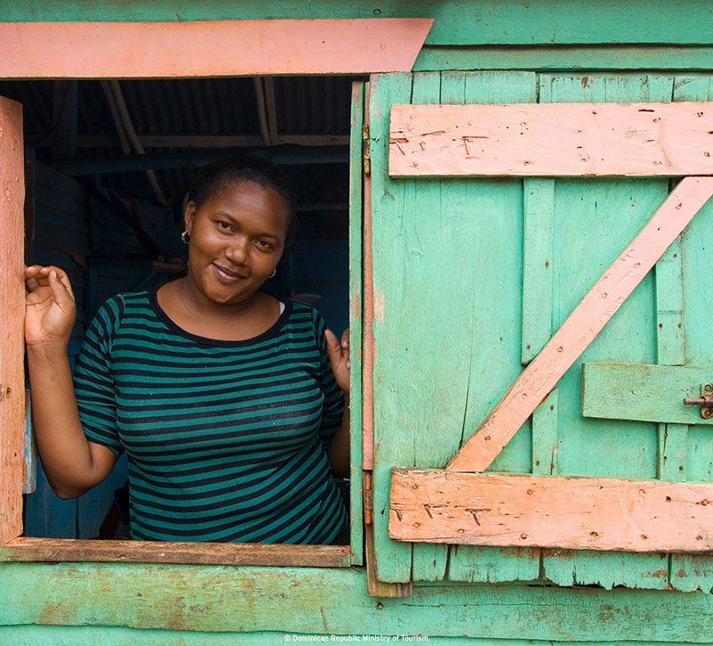 dominikanische republik girl berge und meer