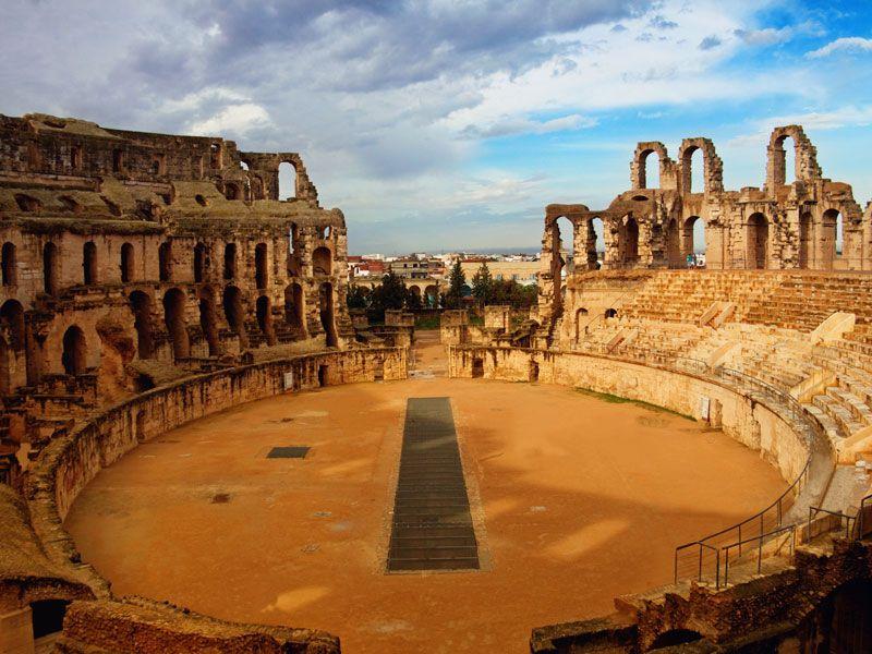 tunesien el djem colosseum berge und meer