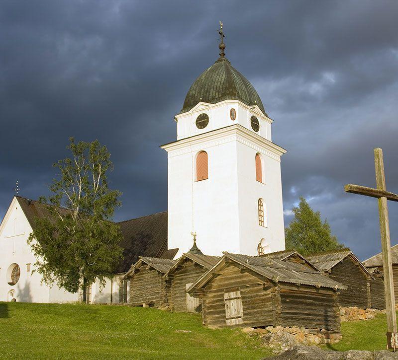 schweden kirche berge und meer