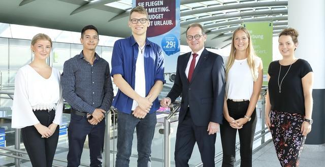 Willkommen and Board: Vier neue Auszubildende am Dortmund Aiport