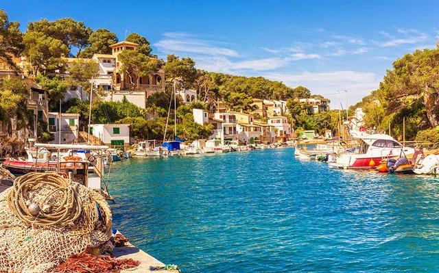 Die Bucht von Cala Figuera auf Mallorca.