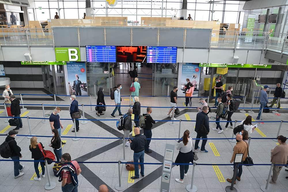 Dortmund aiport passagiere corona terminal 1