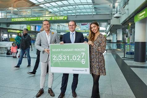 Passagiersrecordop de luchthaven van Dortmund