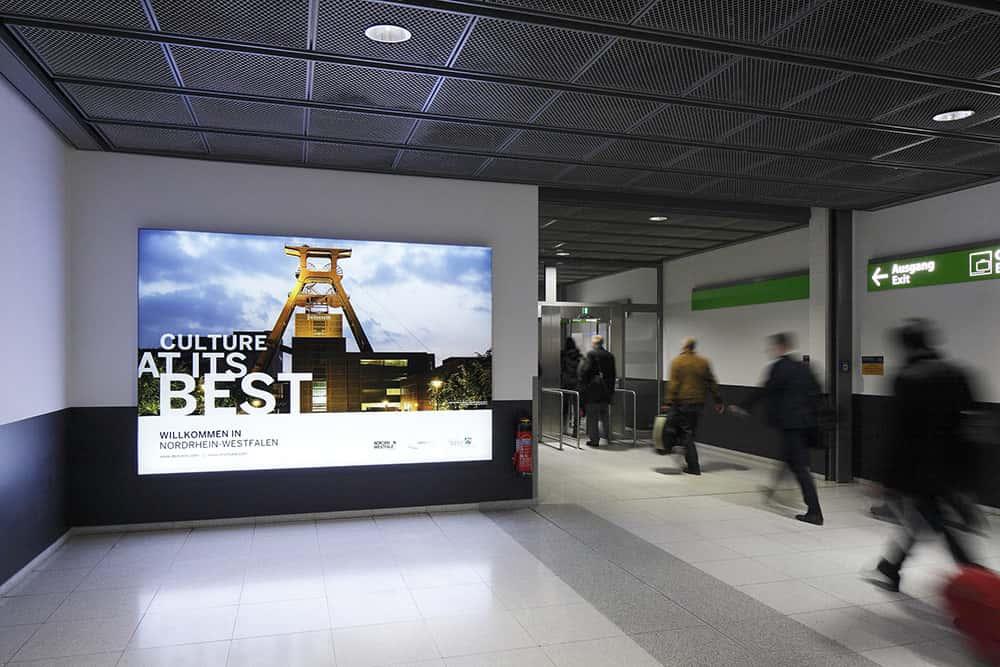 Flughafenwerbung dortmund nrwinvest 1