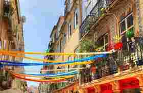 Trendiges Bistro im historischen Teil von Lissabon