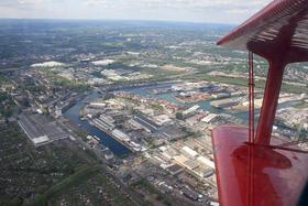 Rundflug mit dem Roten Baron - Der Dortmunder Hafen