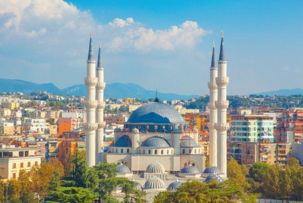Ansicht von der Altstadt Tirana.