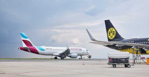 Flugzeuge auf dem Vorfeld des Dortmund Airport