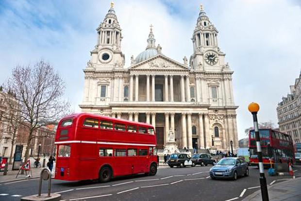 London bus stpaul