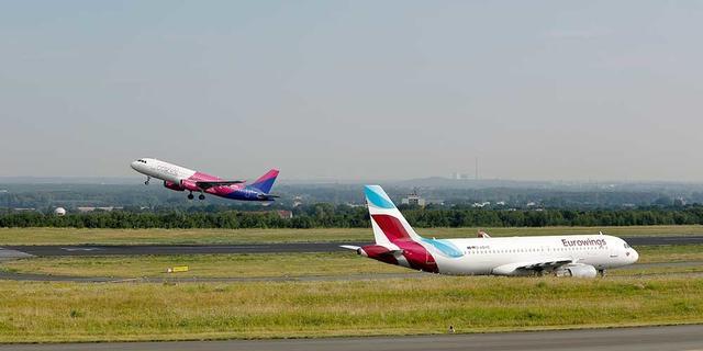 Wizz Air und Eurowings-Maschinen am Dortmund Airport