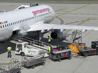 Dortmund airport kofferverladung