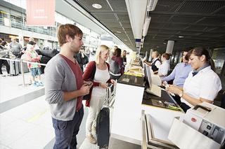 Check-in   im Terminal des Dortmund Airport