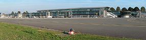 Vorfeld und   Terminalgebäude des Dortmund Airport