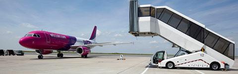Passagiere besucher faszination flughafen mobil