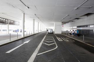 Busspur am Dortmund   Airport