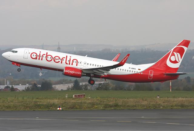 airberlin Maschine   beim Start
