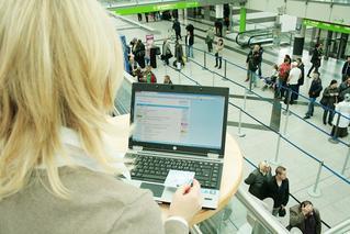 Mit dem Computer im   Terminal